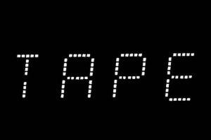 TAPEの文字