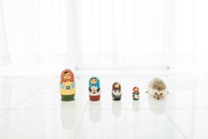 おもちゃとハリネズミ