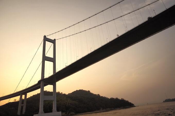 瀬戸海にかかる橋