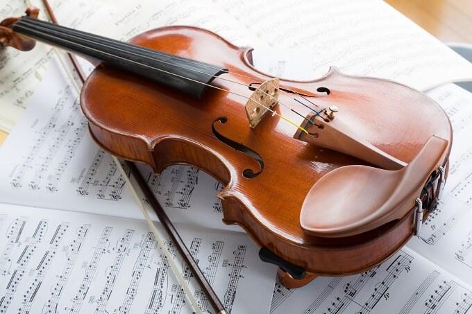 バイオリン