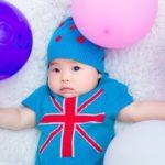 赤ちゃんと風船